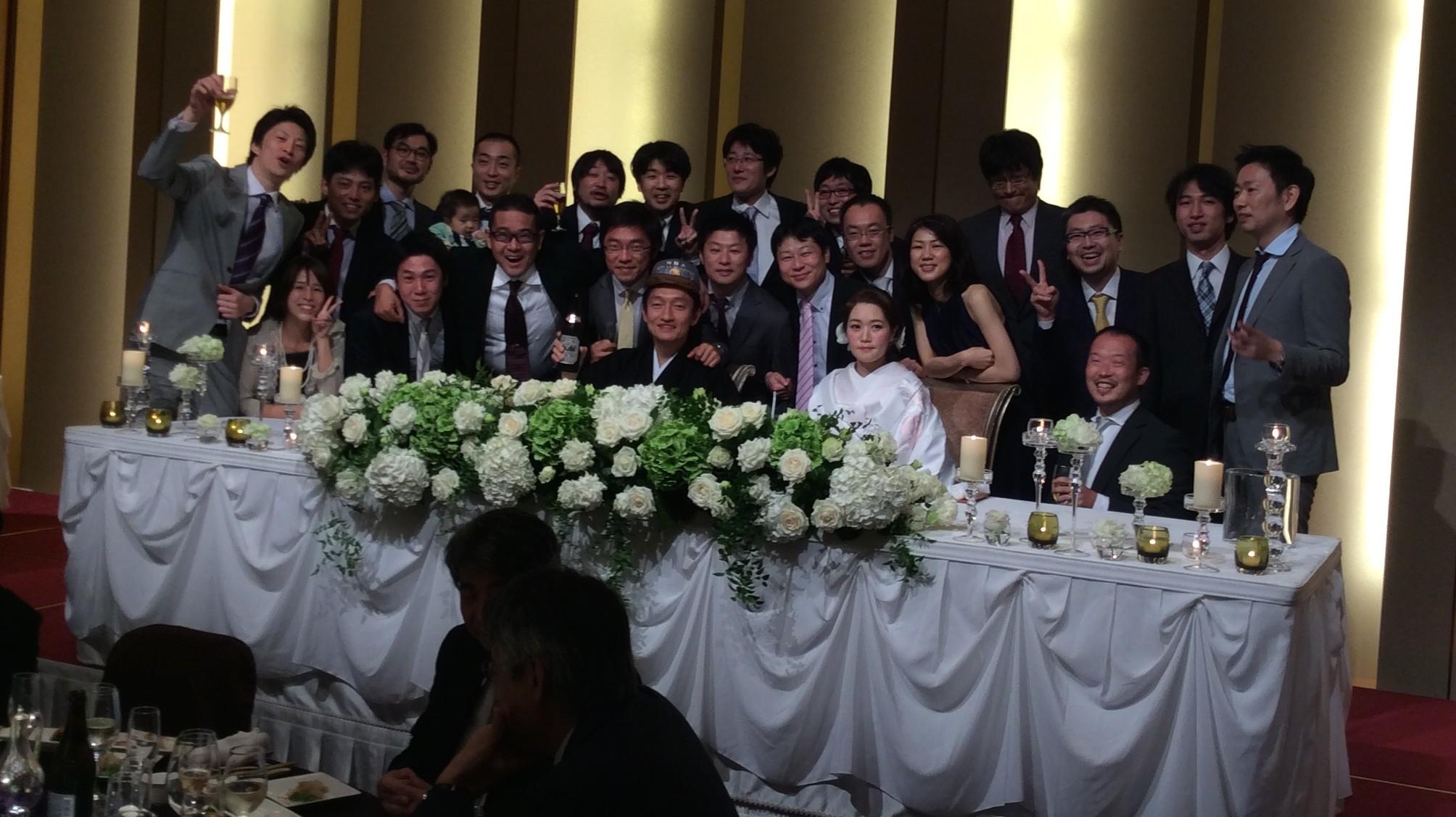 後輩結婚式でまさかのサプライズゲストに出会った!?