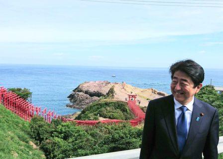 安倍首相辞任の衝撃